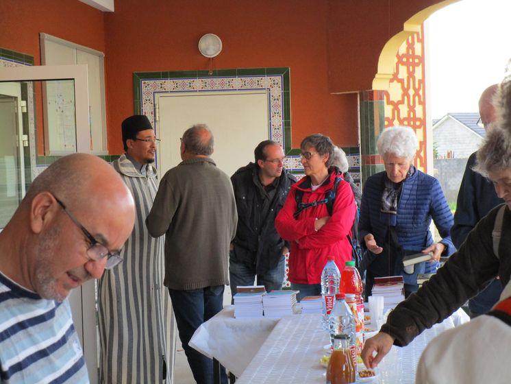 À Nancy, les Amis visitent la mosquée de Tomblaine