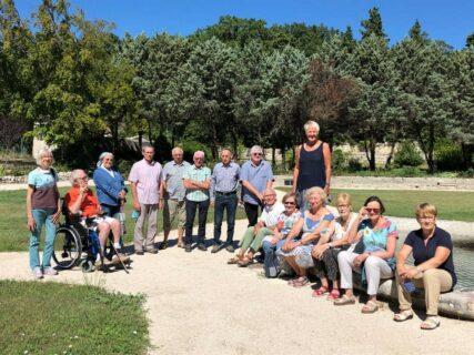 Les Amis de La Vie de l'Isèredans le jardin de l'abbaye d'Aiguebelle en septembre 2020